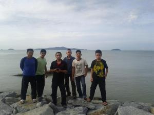 Background Pualu Besar, Melaka. Kumpulan pertama Pukulan Belitong dari KL